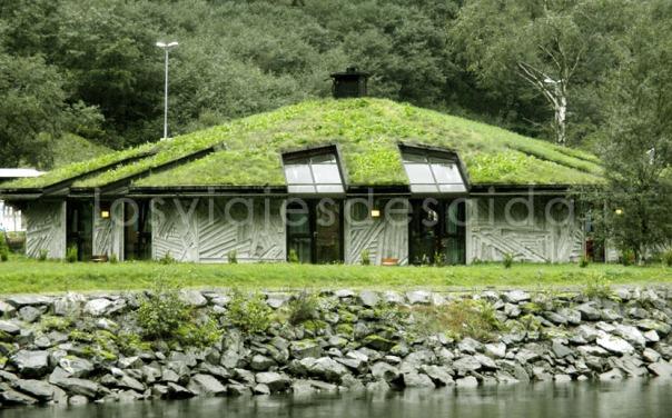 Casa noruega regi n de los fiordos noruega for Casas en noruega